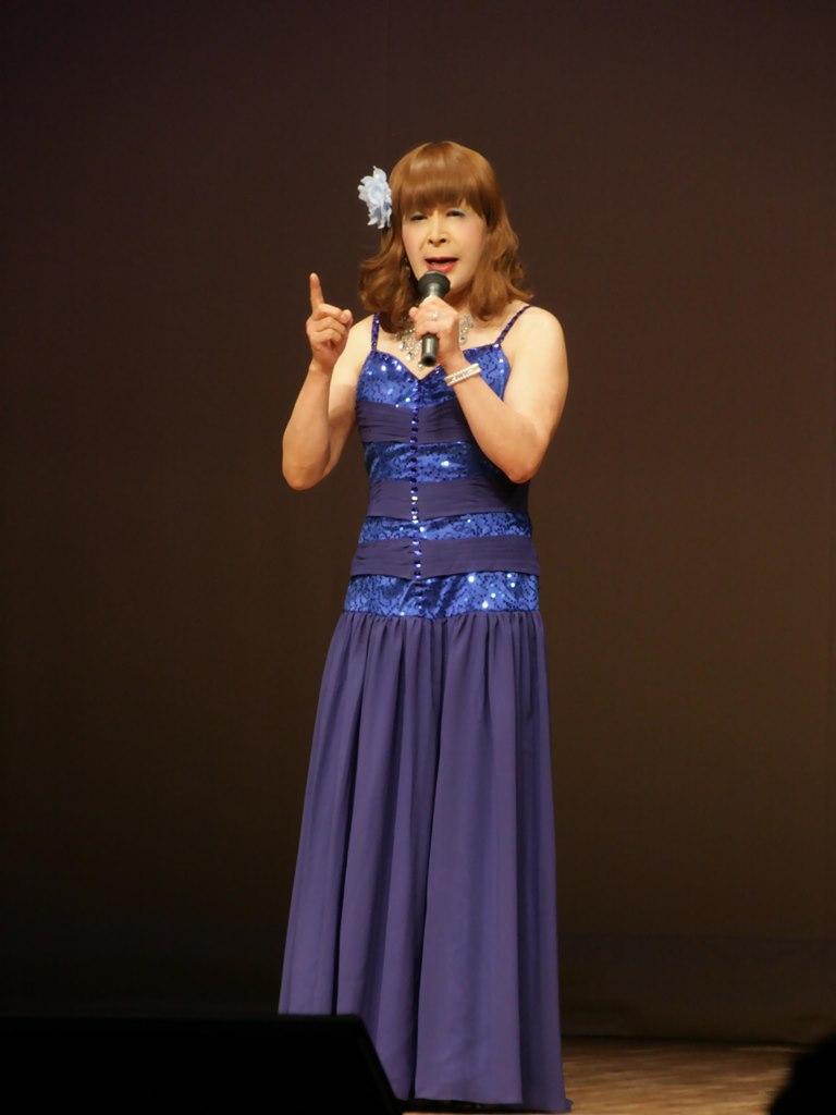 青紫のドレス舞台(2)
