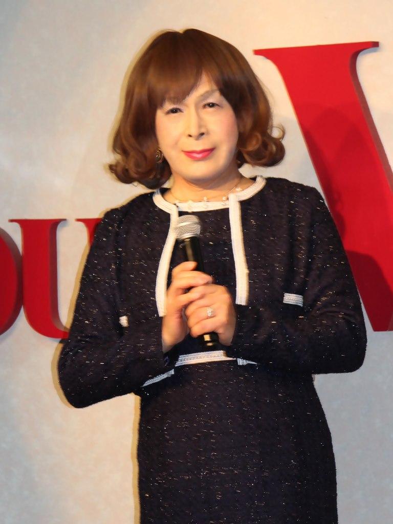 紺アンサンブルスーツカラオケ(3)