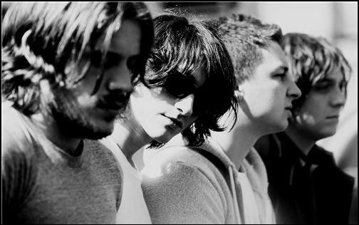 Rok-gruppa-Arctic-Monkeys.jpg