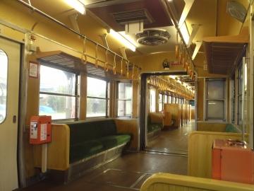 33改めて木の列車