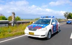 バリ島パトカー