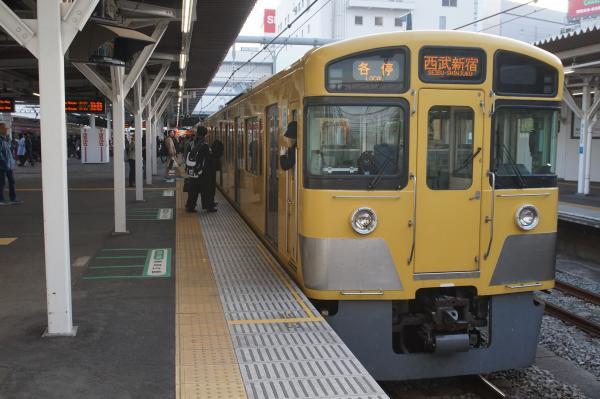 2015-12-12 西武2061F 各停西武新宿行き2 5830レ