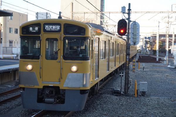 2015-12-19 西武2067F 各停西武新宿行き 5830レ
