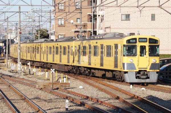2015-12-20 西武2083F 各停西武新宿行き 5620レ