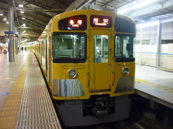 2014-01-04 西武2085F 各停所沢行き