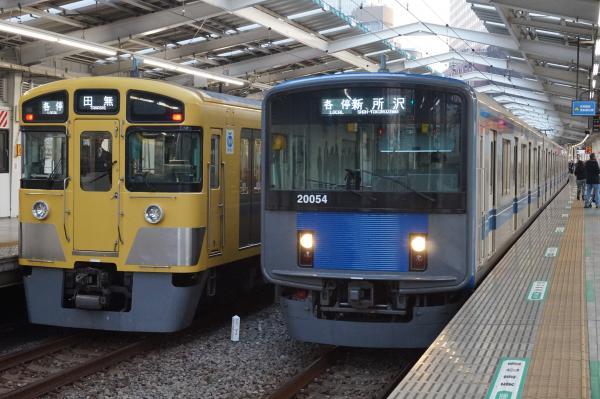 2016-02-04 西武2067F 20154F