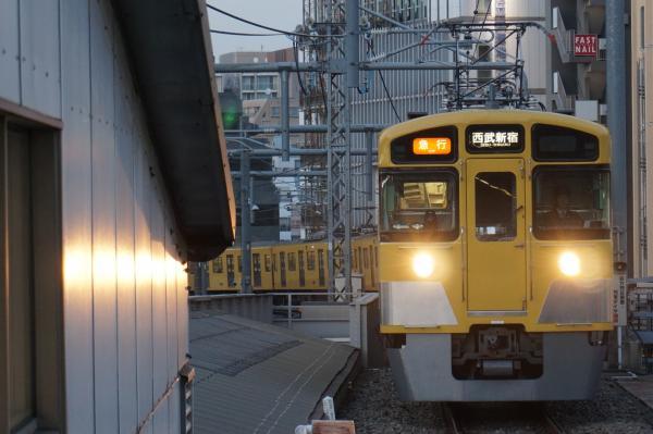 2016-02-04 西武2453F+2055F 急行西武新宿行き 2360レ