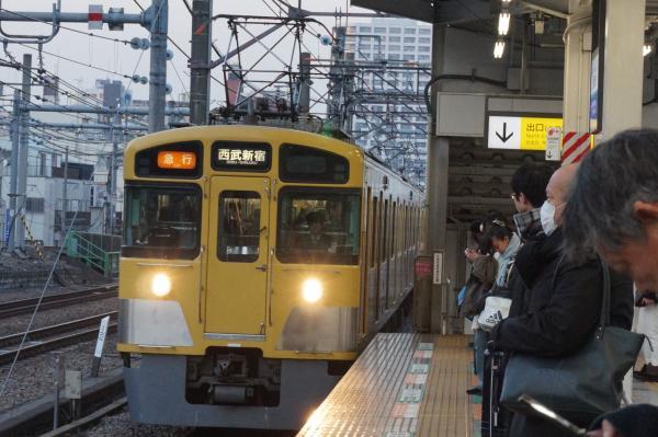 2016-02-04 西武2455F+2083F 急行西武新宿行き 2670レ