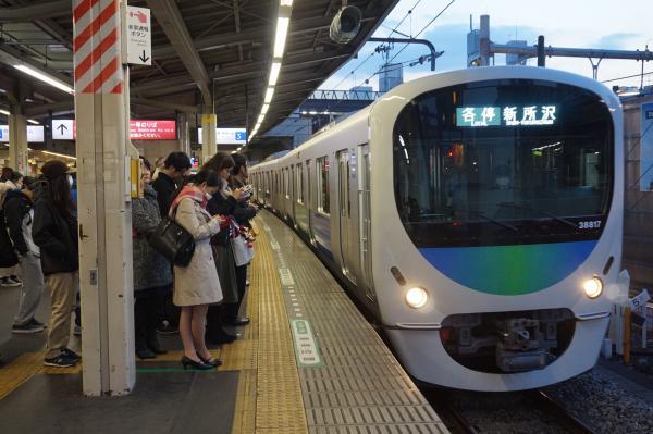 2016-02-04 西武38117F 各停新所沢行き 5829レ