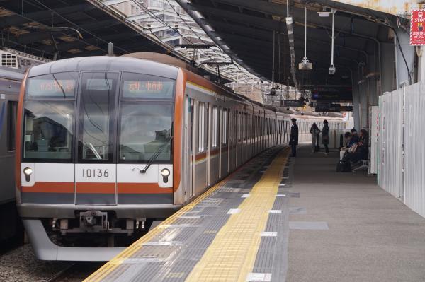 2016-02-06 メトロ10136F 特急元町・中華街行き