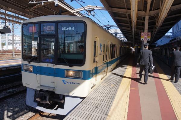 2016-02-10 小田急8064F+8264F 急行小田原行き2