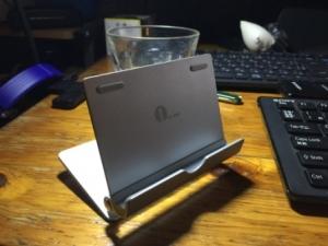 1byoneタブレット、スマートフォン用 アルミススタンド2