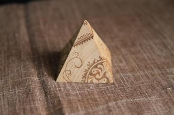 ウッドバーニング・ピラミッド04