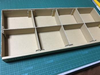 空き箱でトレイを製作03