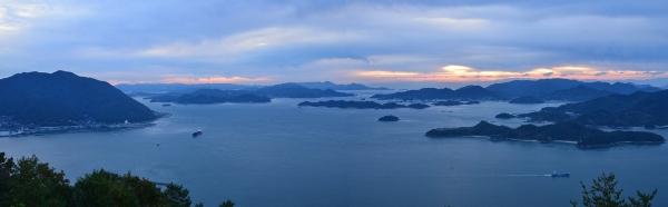 展望広場から見た三原の海
