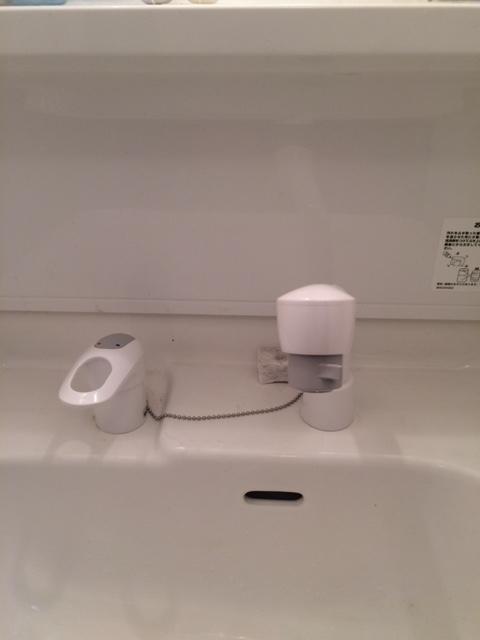 洗面所水栓取替 (1)