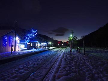 P161181973_足尾イルミ夜雪