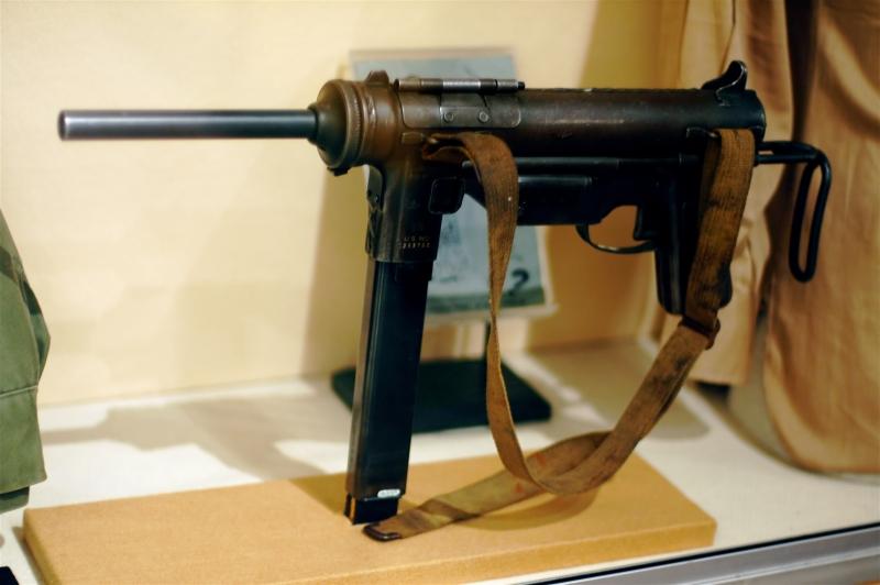 M3_Grease_Gun_(Jeff_Kubina).jpg