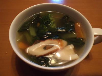 12.23野菜のナンプラースープ