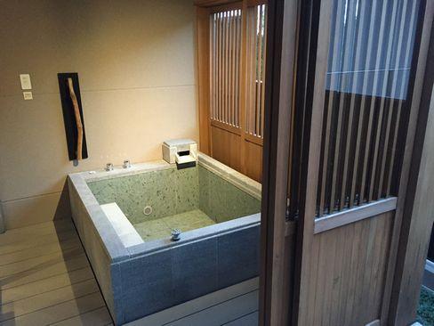 ハーヴェスト・客室露店風呂_H27.11.24撮影