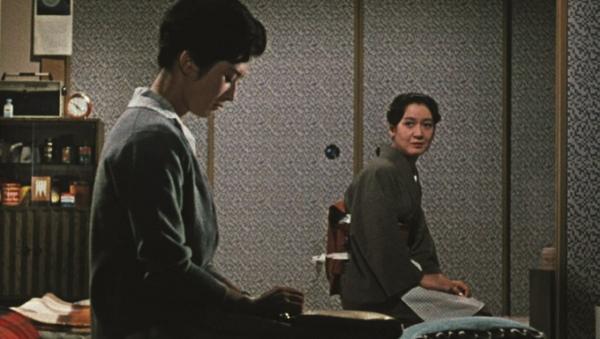 Late-Autumn-1960-film-images-ce07cf8a-a13d-4cad-b560-1e8de95db95_convert_20160127200656.jpg