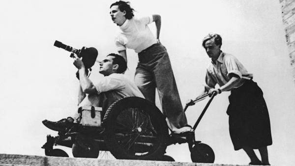 Leni-Riefenstahl-at-1936--014_convert_20160125124822.jpg