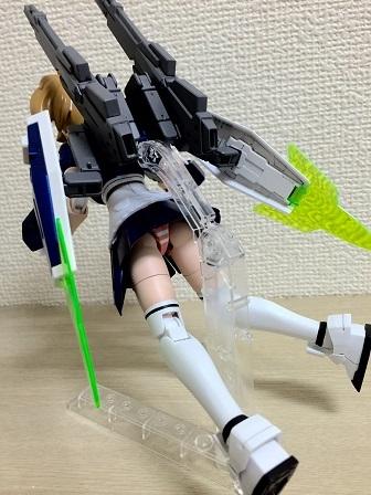 sf9_R.jpg