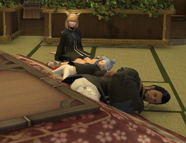 コタツ眠り14