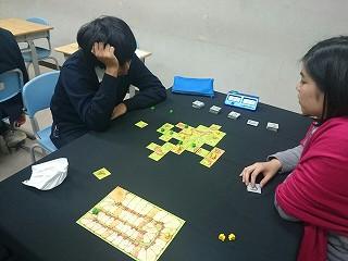 2015-11-28-りょうこ氏を相手に苦悩する2年生