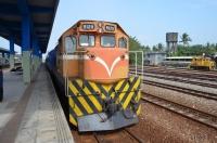 R129ディーゼル機関車160122