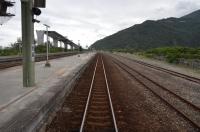 金崙駅の普快車ホーム160122