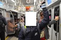 福岡地下鉄車内にて160130
