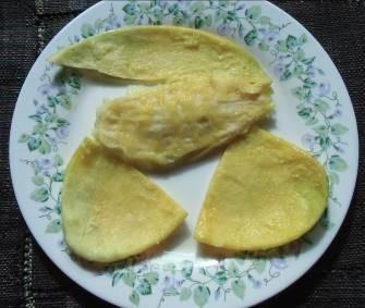 アップルマンゴー皮と種