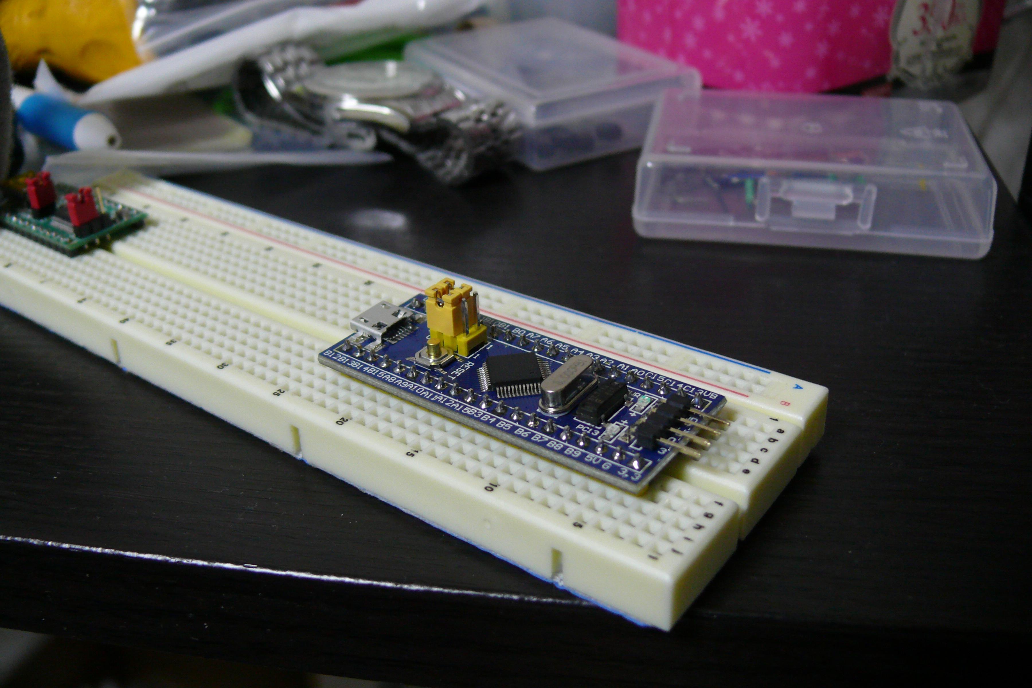 STM32F103C8T6マイコンボード