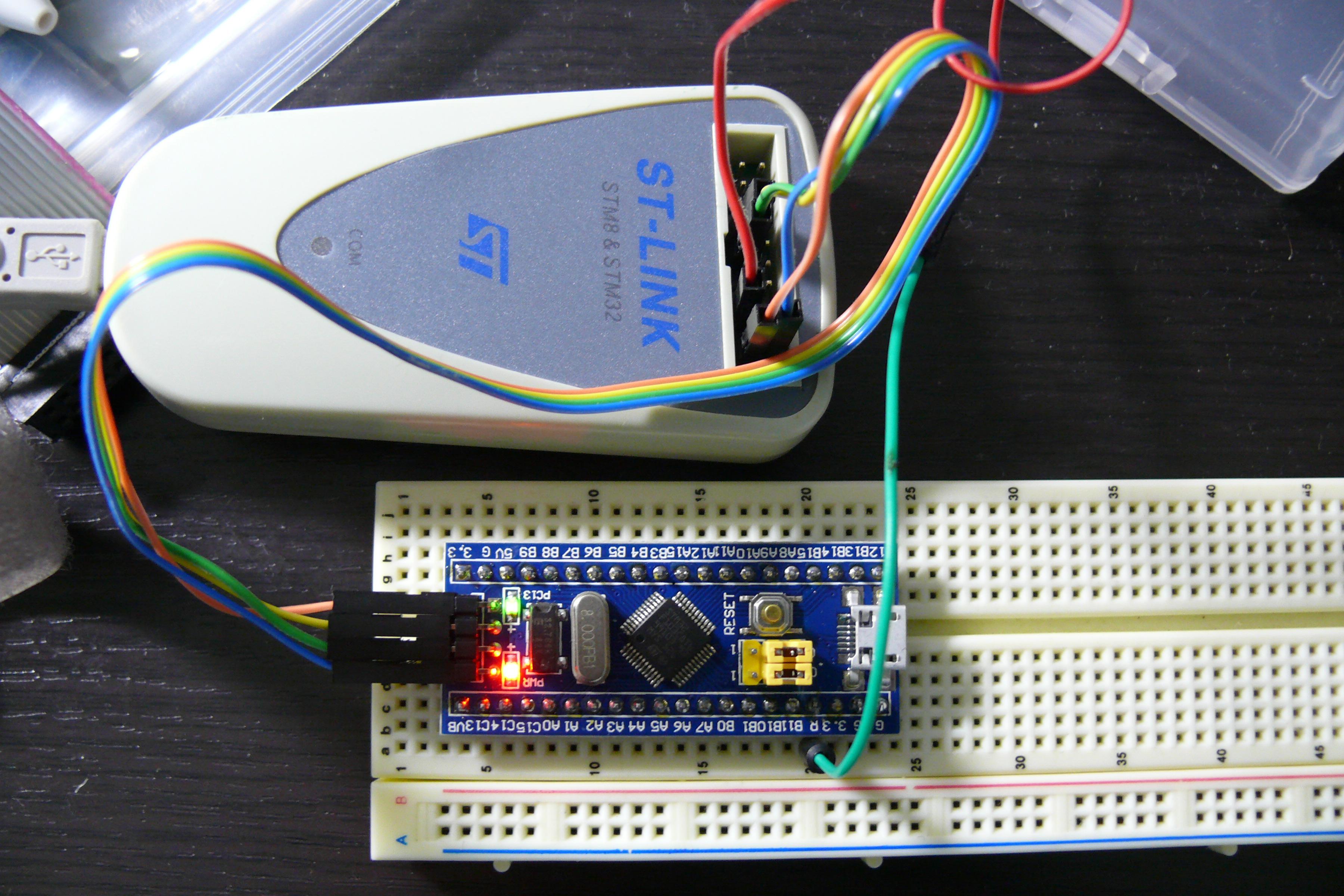 STM32F103C8T6ボード 初Lチカ