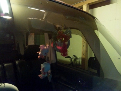 愛車にもしめ飾り (400x300)