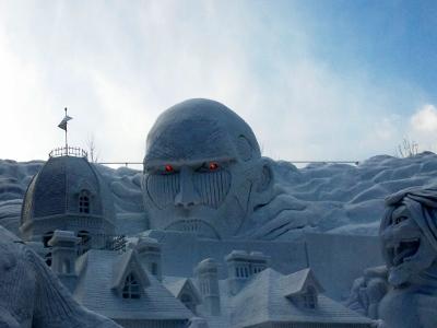 進撃の巨人雪像3 (400x300)
