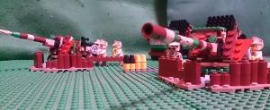 陣地で砲撃準備中の95式