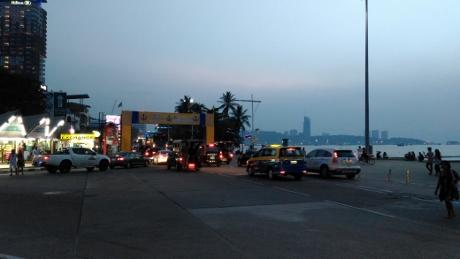 タイ株 パタヤでセミリタイア画像