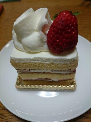 sジェルブロワのイチゴショートケーキ3