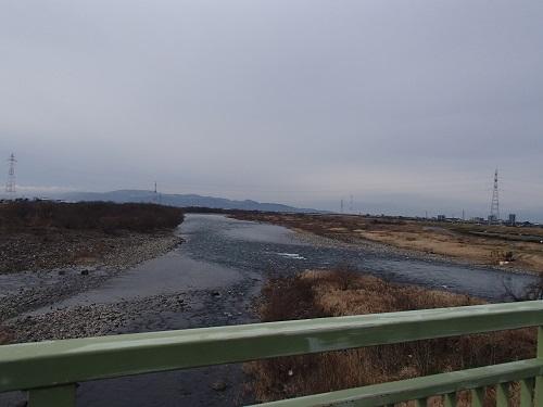 ①五松橋上から下流