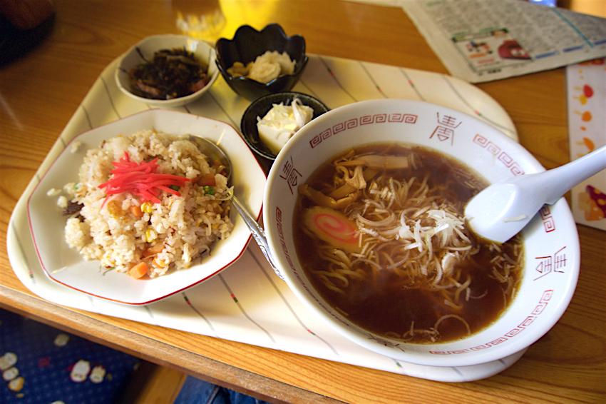 お食事処 とちっ子@壬生町下稲葉 チャーハン+ラーメン