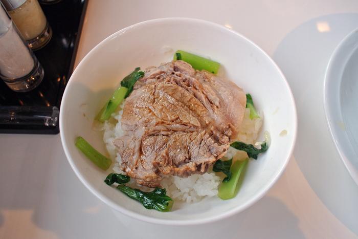 鶏白湯らーめん CAROL@宇都宮市下川俣町 Andy特製チャーシュー丼