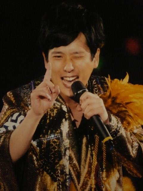 嵐・二宮和也がコンサートでKAT-TUNにエール!「これからも頑張る子を俺は応援したい!!」