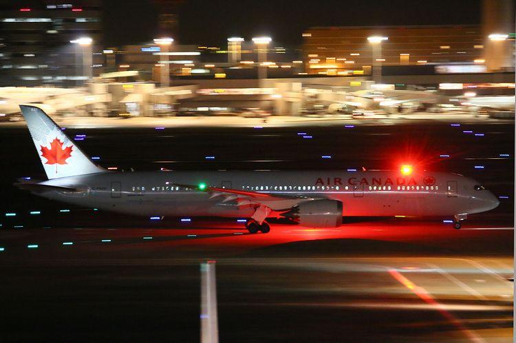 1512羽田空港③ (304)FC2