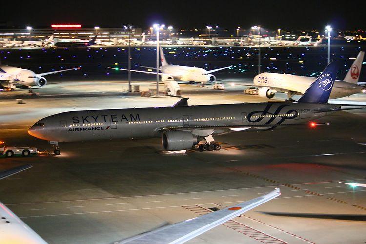 1512羽田空港⑤ (559)fc2