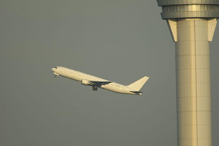 1601羽田空港① (595)fc2