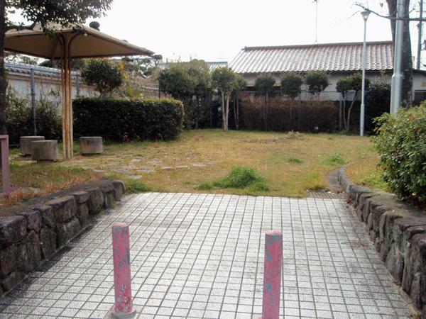 利倉2丁目児童遊園 (2)