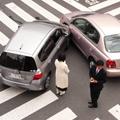 軽自動車と普通車の事故