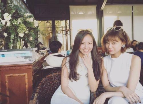 西内まりや、姉の西内ひろとの2ショット公開 「こんな美人姉妹に遭遇してみたい」の声2